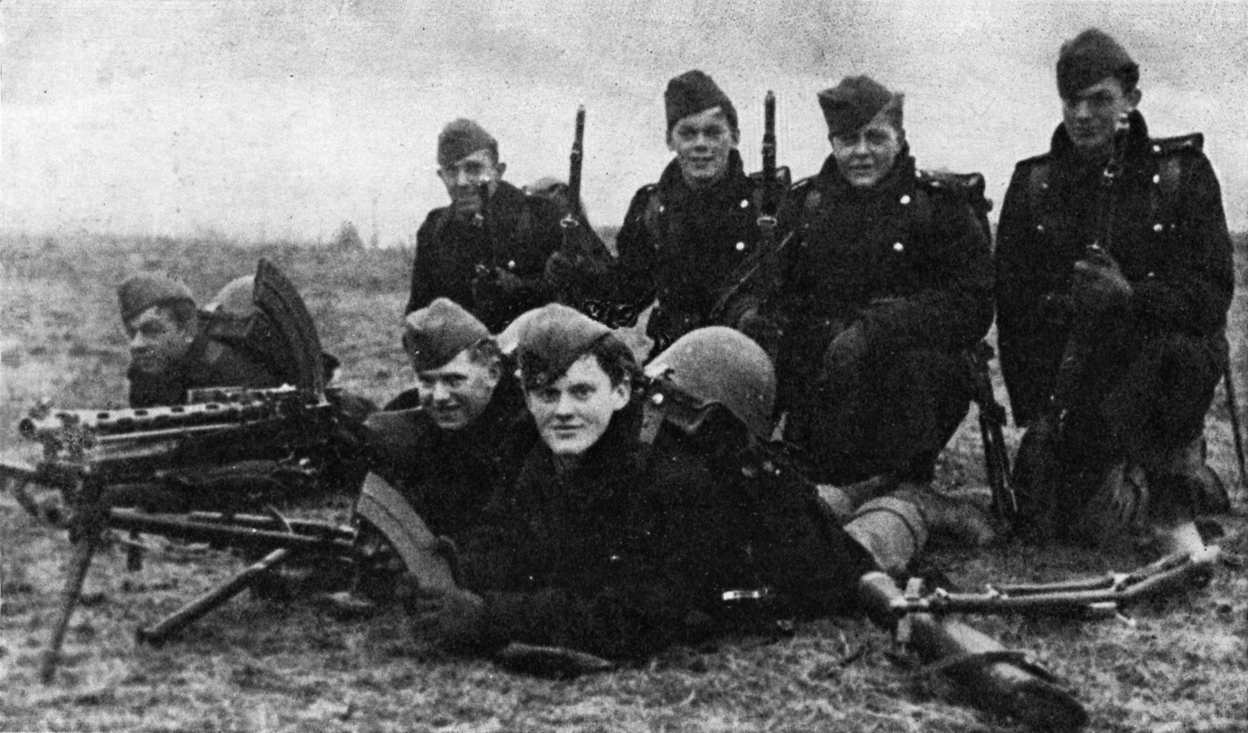 Danish_soldiers_on_9_April_1940