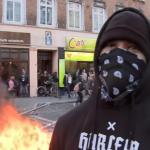 Advarsel.  Danskere slår hårdt ned på danskere, der tillader sig at kritisere Fredens religion.