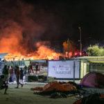 Asylsøgere og lokalbefolkning i sammenstød. Telegrambureau: Angrebet af «højreekstremister»