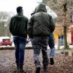 Børnefamilier flygtede, småbørn græd – Indvandrere 'skubbede', 'slog omkring sig'