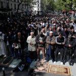 Den Store Religionskrig Bryder sig ud