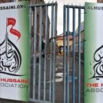 Bilkører ind i muslimer ud for moske i Nord-Vestlondon efter en konfrontation