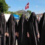 Krogerup Højskole krænket over burka-kritik